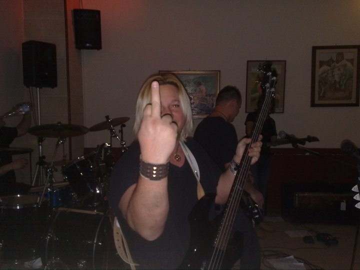 Live@Bijoux Cafè, Marche, Italy - 15.1.2011